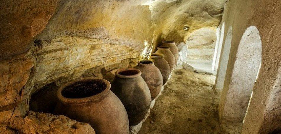 Una cueva-bodega con mucha historia