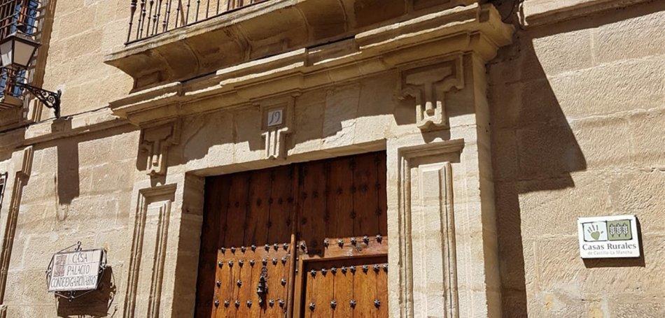 A cuerpo de rey: Casa Palacio de los Condes de Garcinarro